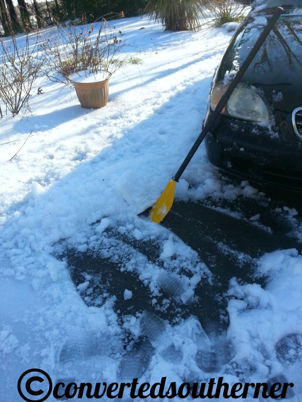So, I didn't have a shovel... I had to make do with a canoe shovel. My mom gave me a paddle set a few years ago, in case I was ever up a creek without a paddle. I was in this case! No shovel!