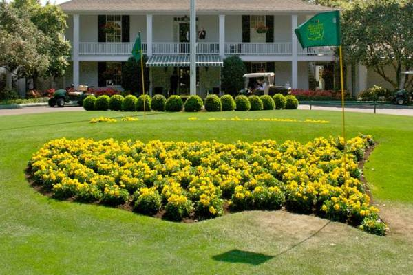 Augusta National Club House- The Masters. via https://www.isualum.org/en/travel/2013_travel_tours/the_masters_golf_tournament/